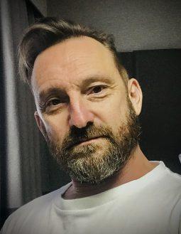 Paul D Metcalfe
